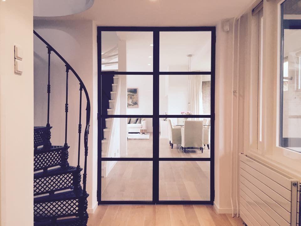 Houten kast met stalen deuren: stalen deuren op maat hoogwaardige